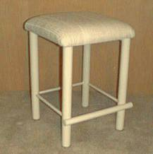 104 COUNTER STOOL